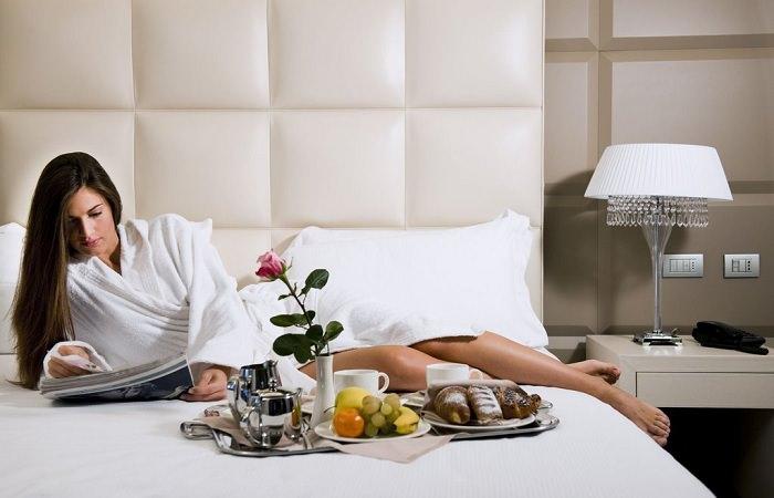 """Новая тенденция: в отелях всего мира создают """"женские"""" этажи"""
