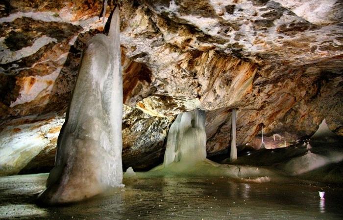Добшинская пещера