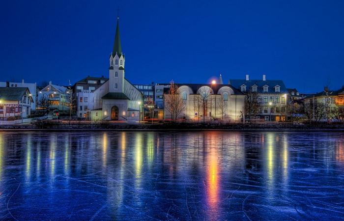 Исландия - самая спокойная страна мира