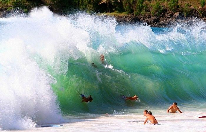 Океанская бухта Ваймеа-Бэй, Гавайи