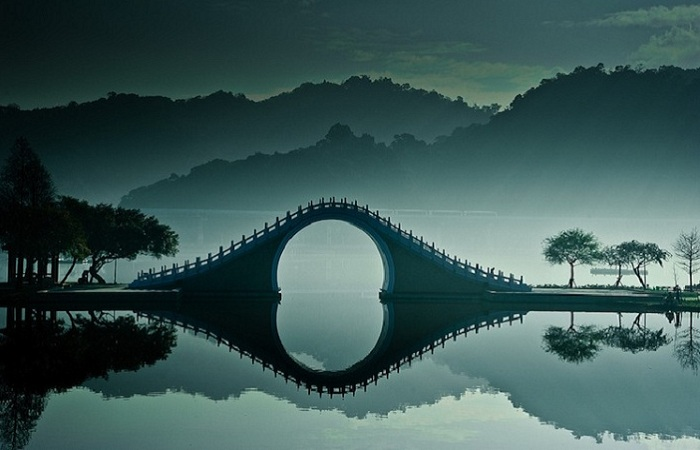 Лунный мост в Тайване: сказочная достопримечательность