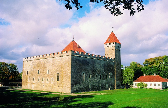 Епископский замок. Курессааре, Эстония