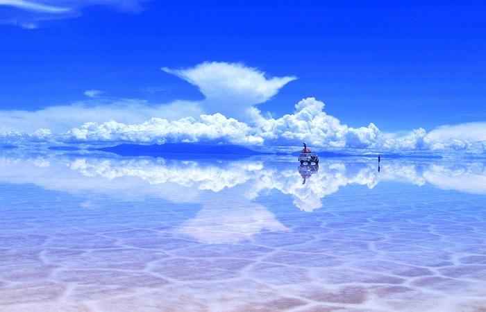 Природное зеркало: солончак Уюни в Боливии