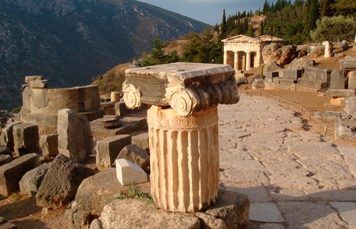 Город древних греков Дельфы, Греция
