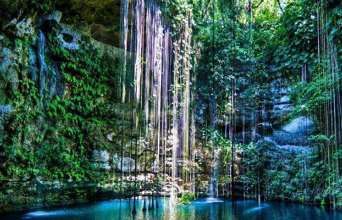 Подземное озеро Ик Киль, Мексика