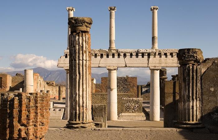 Город древних римлян Помпеи, Италия