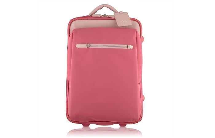 Дорожных сумок много не бывает